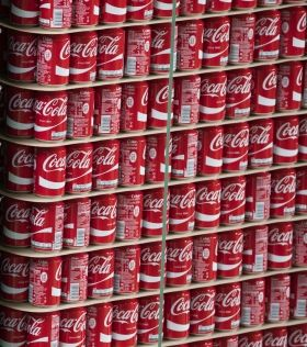 Coca Cola can 330ml. 1 pallet - 2640pcs.  890kg.